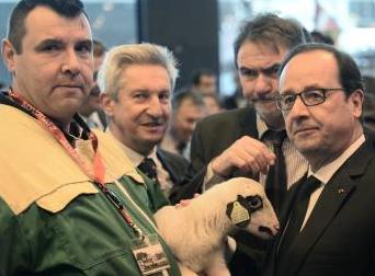 hollande with farmers